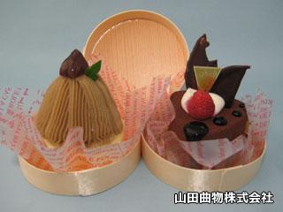 木製の曲げわっぱを、ケーキ、パイ、タルトなど円形洋菓子の容器に。業務用使い捨て曲げわっぱ・曲物